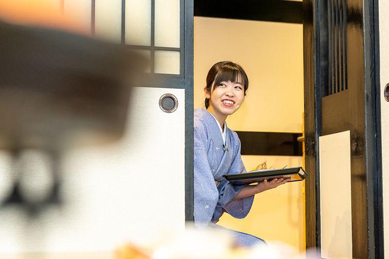 横山 沙也香さんの業務風景